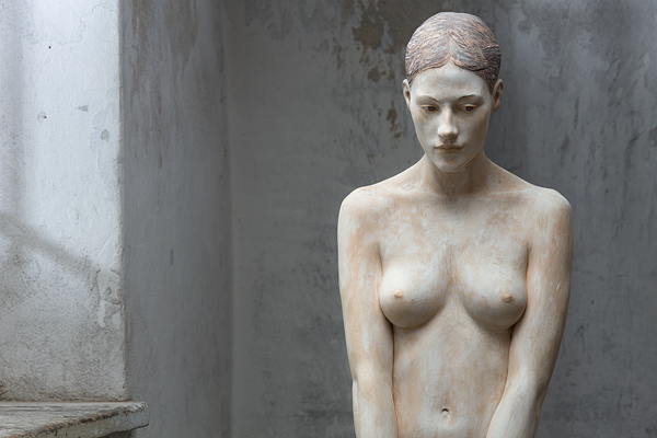 Bruno Walpoth's Stunning Wood Sculpture of a Woman